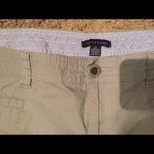 Tommy Hilfiger Pants - Tommy Hilfiger Khaki Grey size 20 Cargo Capri pant